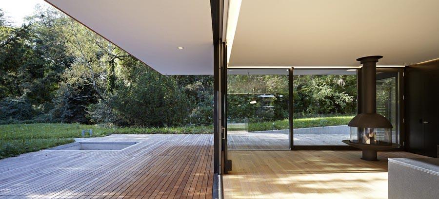 interieur et exterieur d'une maison moderne en espagne