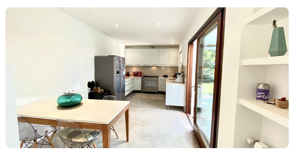 acheter maison contemporain minorque salle a manger