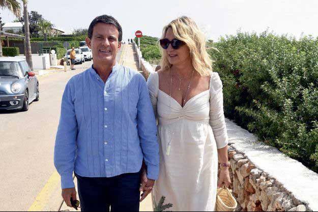 Manuel valls et sa femme à minorque