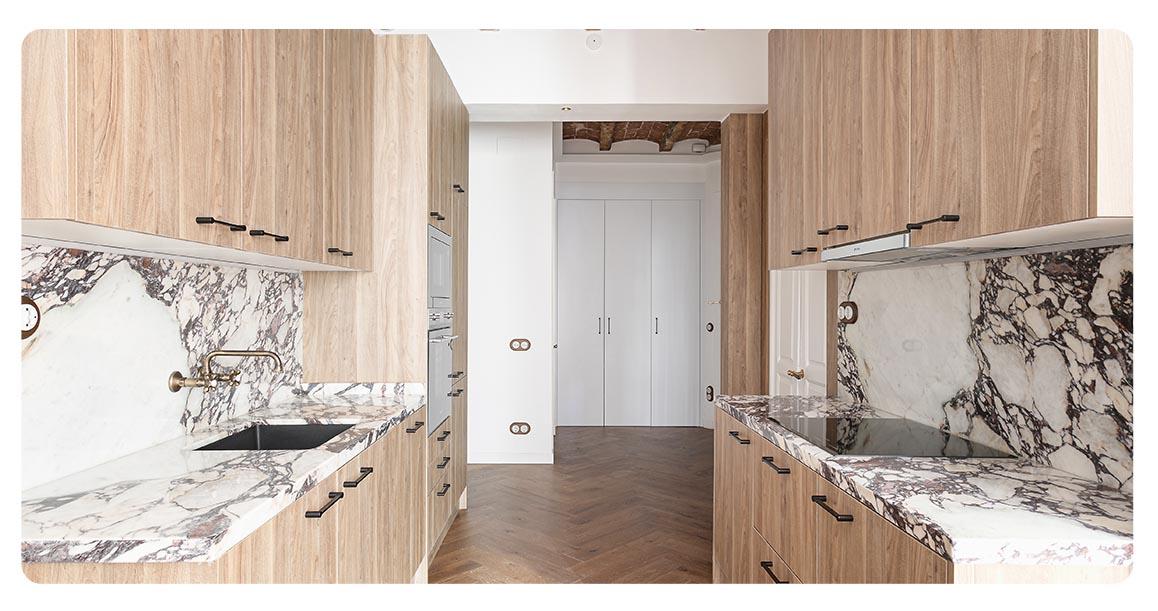 acheter appartement barcelone vue sur sagrada familia cuisine