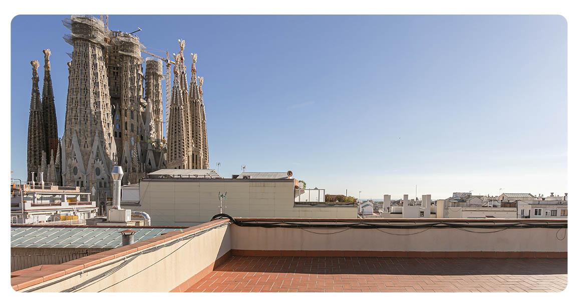 acheter appartement barcelone vue sur sagrada familia terrasse vue