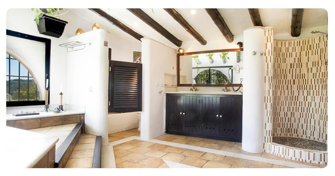 acheter villa barcelone sitges salle de bain