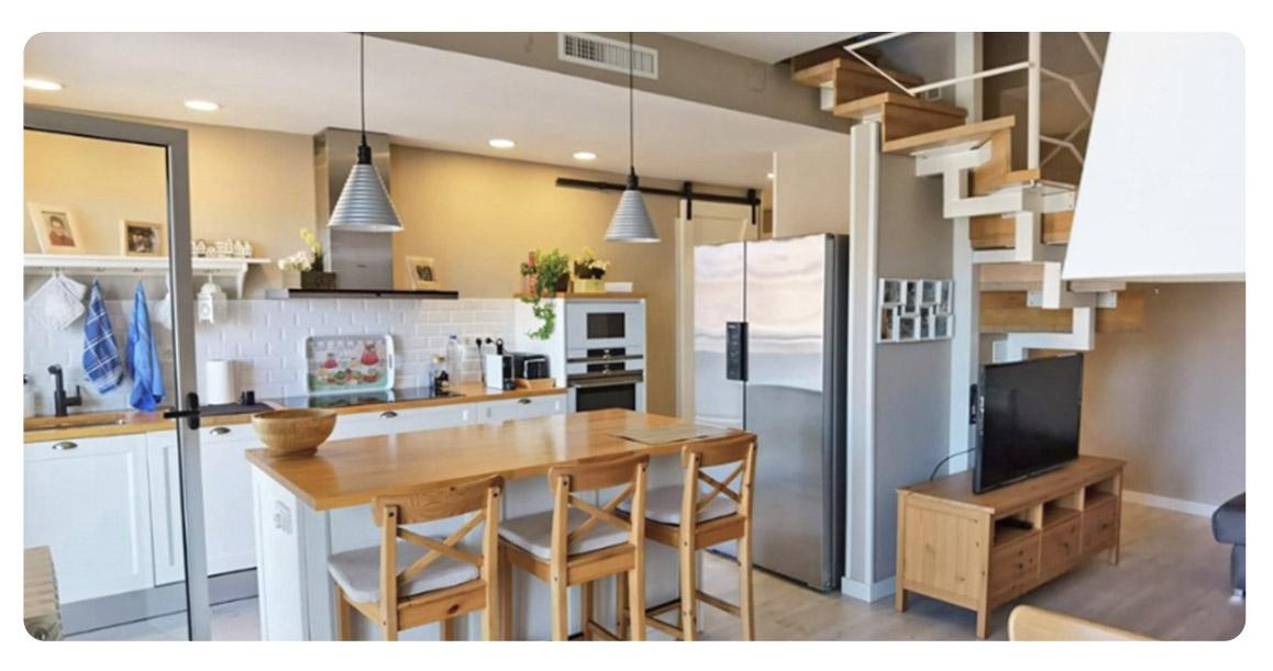 acheter appartement duplex castelldefels canyars salle a manger