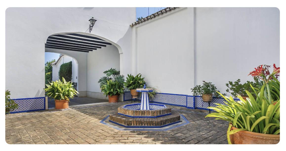 acheter maison typique andalouse seville exterieur