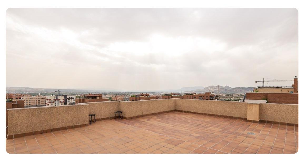 acheter appartement grenade atico urbanisation gran parque terrasse