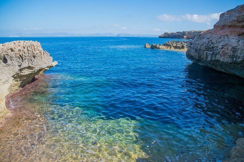 Crique de Formentera et son eau translucide
