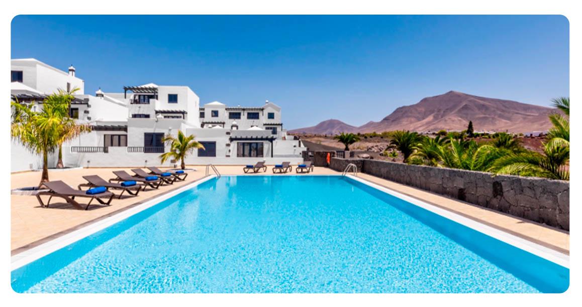 acheter maison mitoyenne canaries lanzarote piscine 2