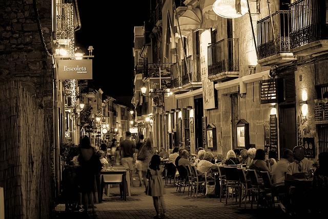 Terrasse de bars et restaurants à Denia