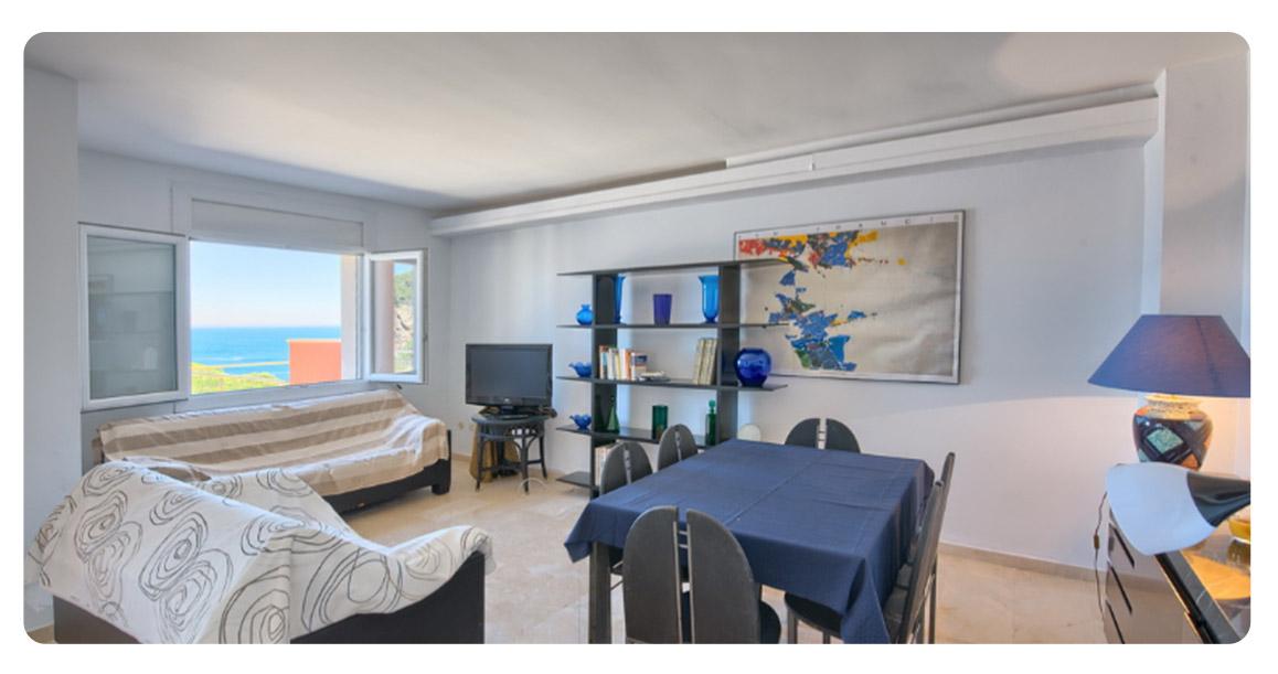 acheter appartement duplex begur vue mer salon