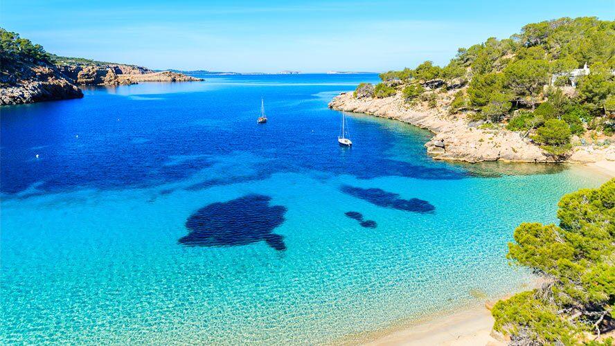 Cala Salada y Cala Saladeta en Ibiza – Barceló Experiences