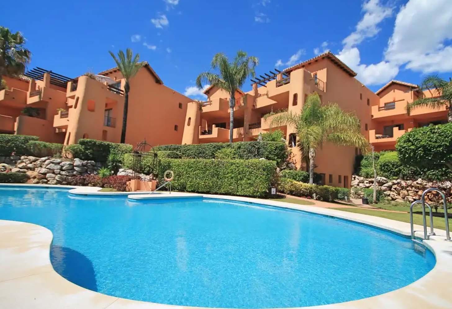 acheter un appartement avec piscine bel air andalousie 001