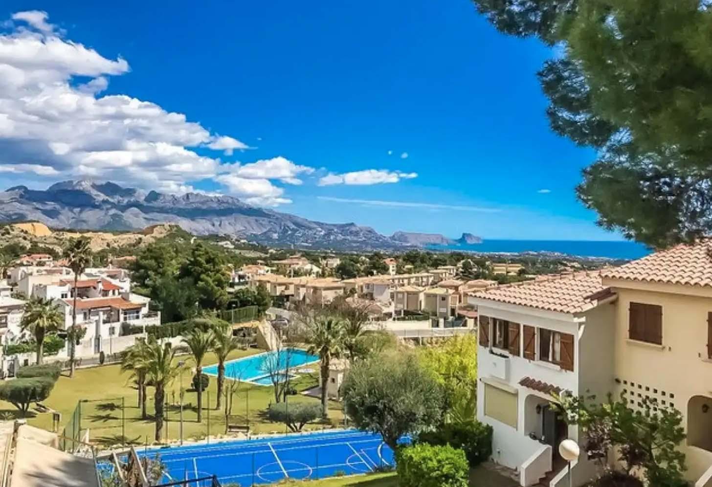 immobilier acheter une maison lanucia 001 d1 vue mer montagne